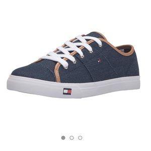 Tommy Hilfiger | Aerie Dark Blue Canvas Sneaker